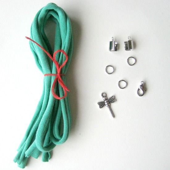 Leuk cadeau voor creatievelingen. DIY pakket om je eigen wikkelarmband te maken.