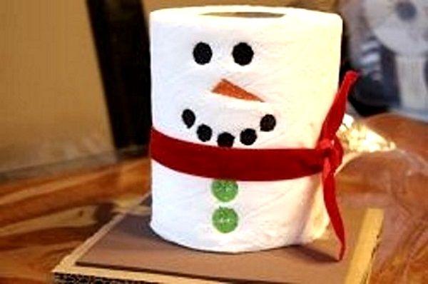 DIY Tissue snowman, for your extra tissue use as your bathroom Christmas decor  R