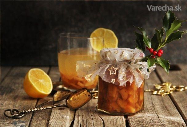 Přemýšlíte o dárcích na Vánoce? Máte rádi jedlé dárky, které jsou podomácku vyrobené ? A máte rádi štiplavý zázvorový čaj s citronem, který vás prohřeje až do morku kostí a zažehnává nachlazení ? Tak to jste otevřeli tenhle recept správně. ;-  Moje recepty a ostatní fotografie najdete na  http://https://inkitchenopen.blogspot.cz