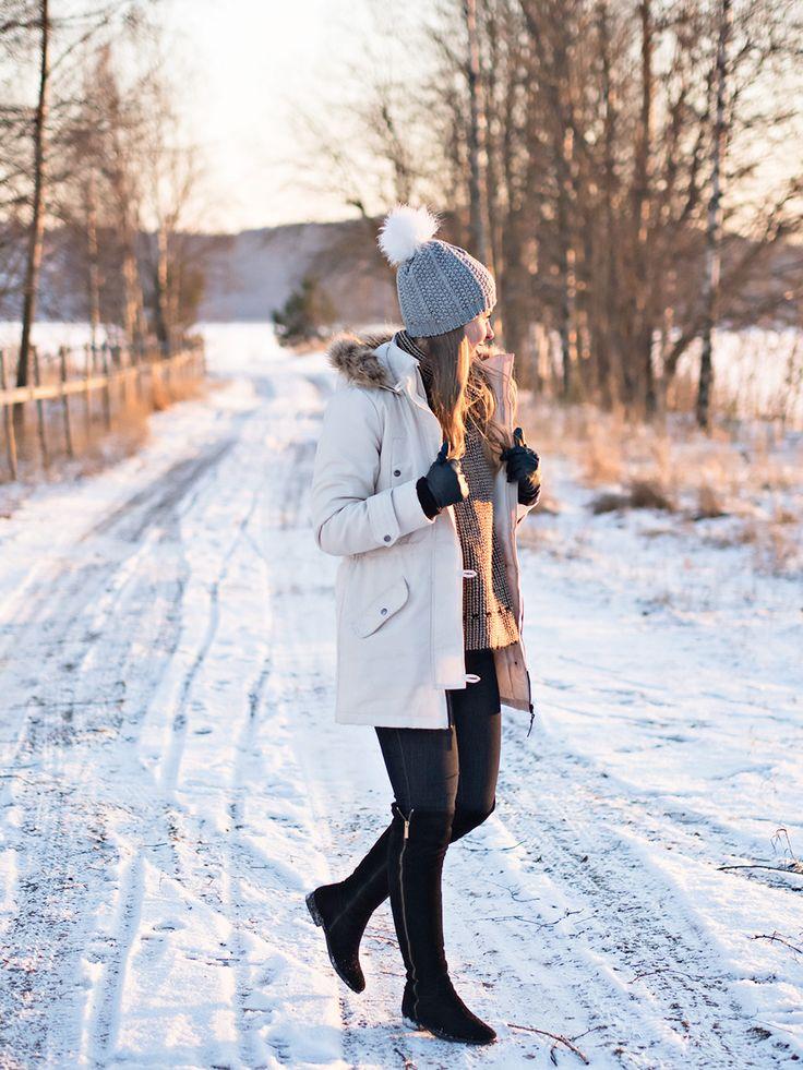 Sun & Snow <3 Winter Outfit http://www.monasdailystyle.com/2016/01/28/sun-snow/