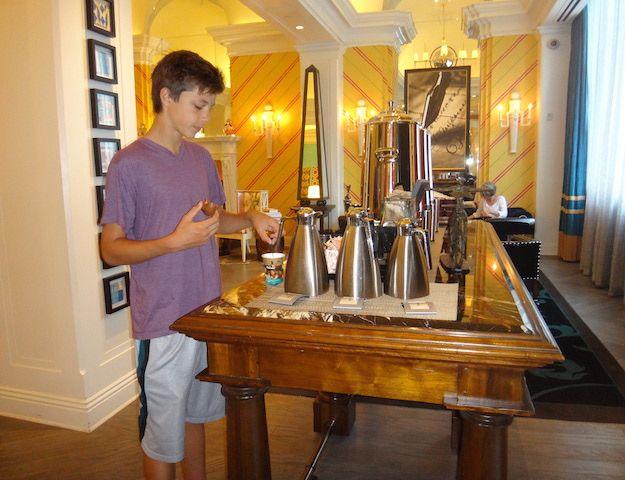 Philly hotel review: Hotel Monaco Philadelphia - Pitstops for Kids