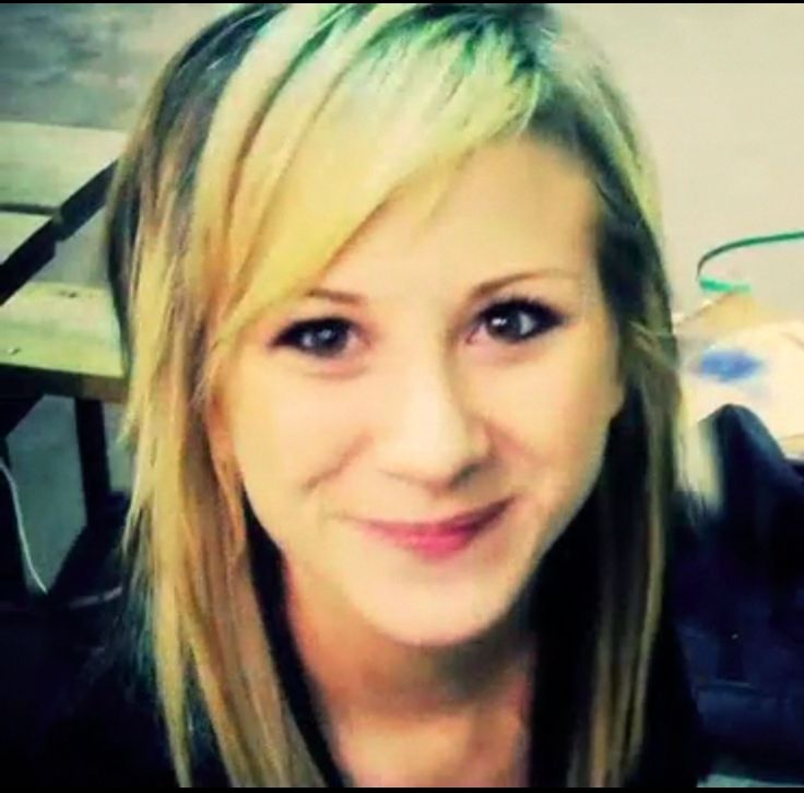 ||FC: Jen Ledger|| Hi! I'm Jen. I'm 16 and a preforming arts major. I play drums and sing backup. I play with John in his band.