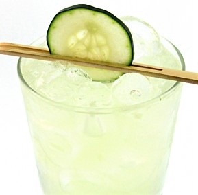 Cucumber, Basil & Lime Gimlet #cocktails #liquor...refreshing
