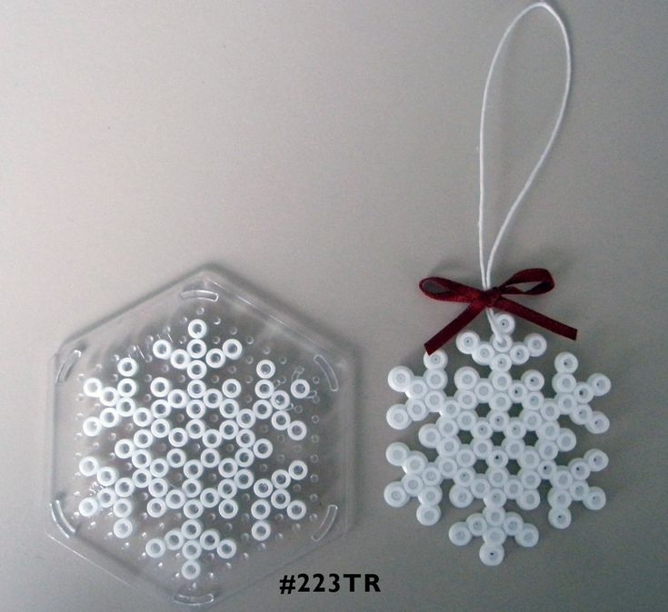 Snowflake Hama midi perler pattern - am totally going to get the M's to make these