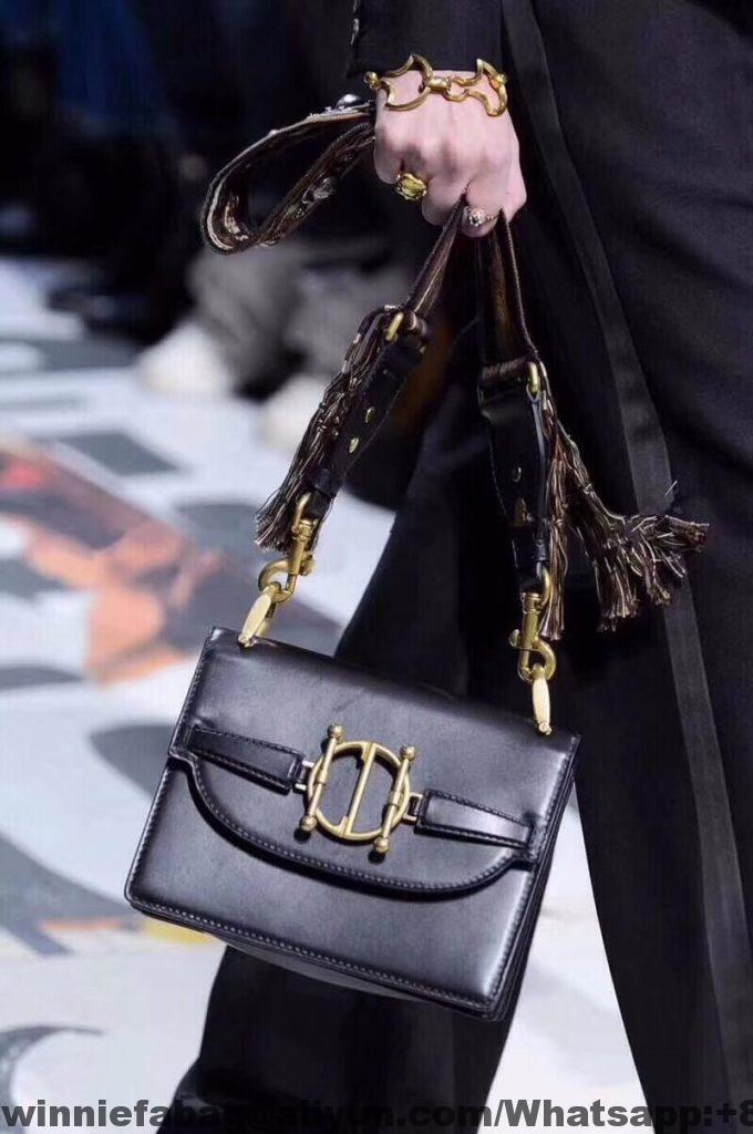 Dior Diordirection Flap Bag  c948d47f0ca73