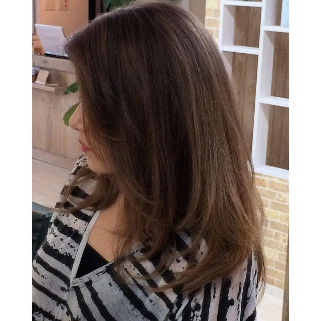 """""""本日はカラーの紹介  ブリーチ毛にアッシュ系のブラウンを使い、所々にマット系のローライト。 季節の変わり目にカラーチェンジされてはいかがでしょうか?"""" Photo taken by @creer_for_hair on Instagram, pinned via the InstaPin iOS App! http://www.instapinapp.com (09/03/2015)"""
