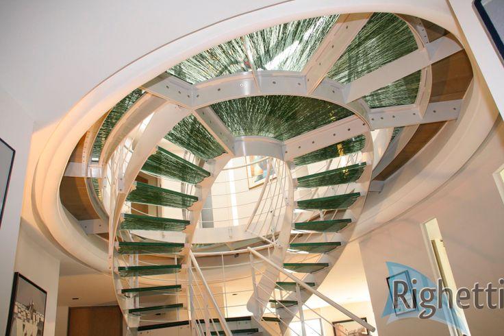 26 best images about escalier en verre glass staircase. Black Bedroom Furniture Sets. Home Design Ideas
