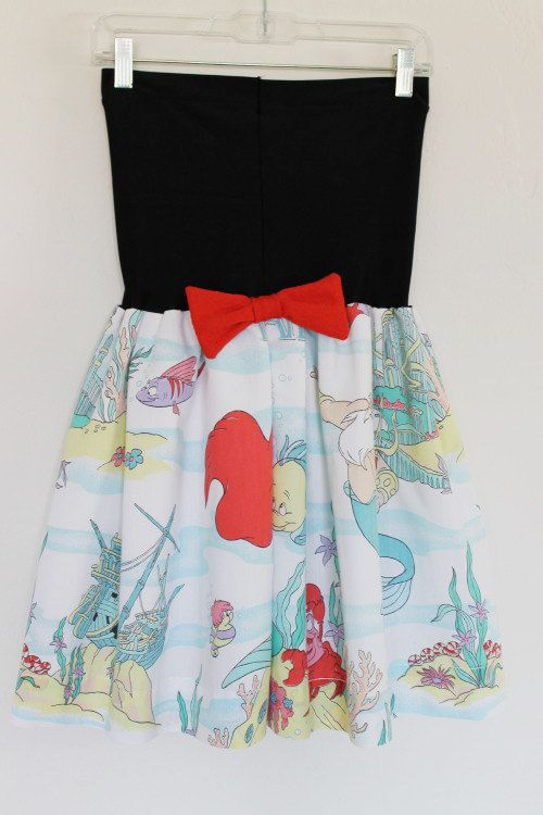 Vintage The LITTLE MERMAID Disney Party Dress Bow. I am pretty sure I had this print in sheets. When I was little.