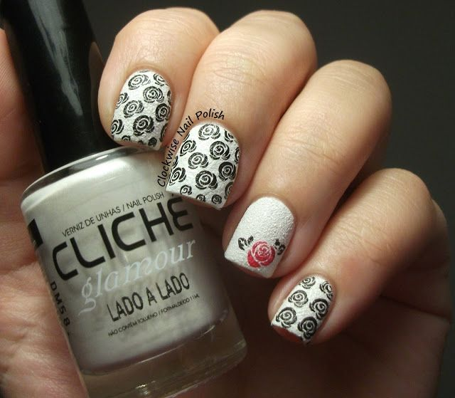 The Clockwise Nail Polish - Sunday Stamping Challenge: Favorite Flower & Cliché Lado a Lado