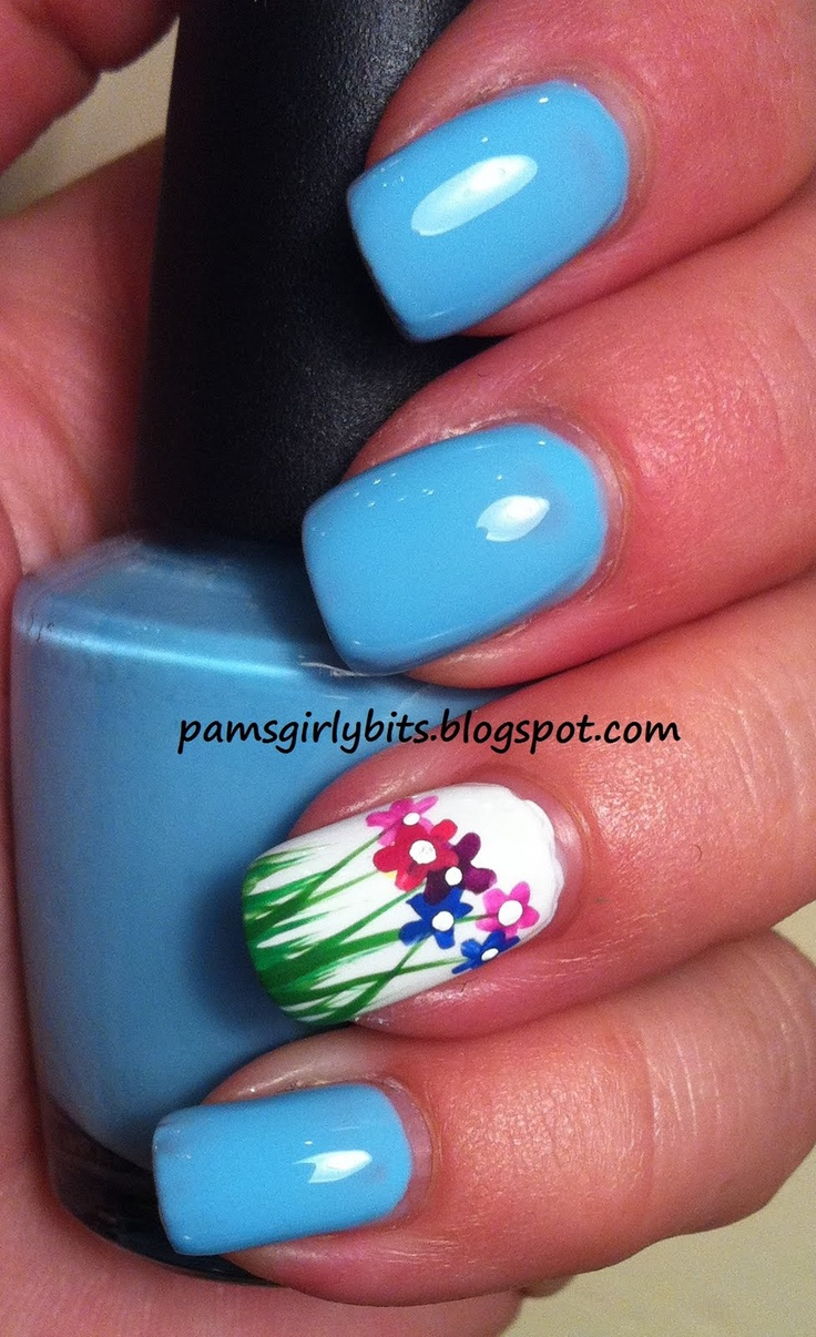 Girly Bits: Flowers in the grass nail art