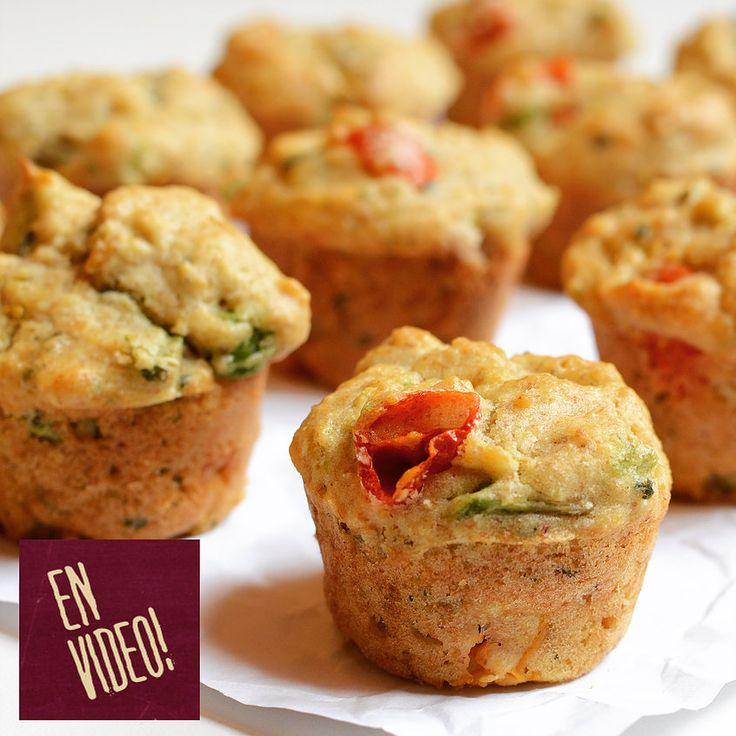 Muffins salados de Palta y Tomates Cherry! Facilísimos de hacer y super económicos y sobre todo riquísimos!!! Para el desayuno, para la picada, para comerlos c