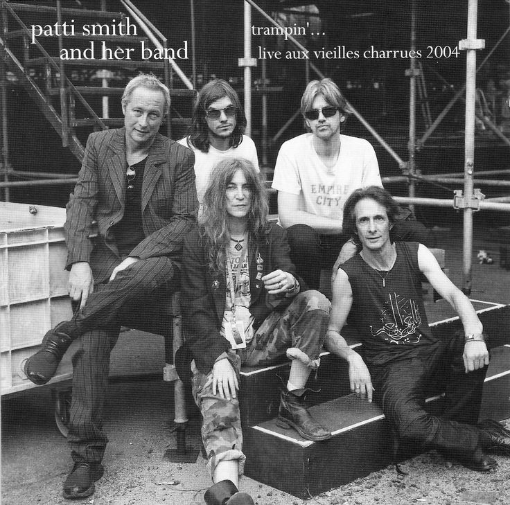 Patti Smith - Live aux Vielles Charrues 2004