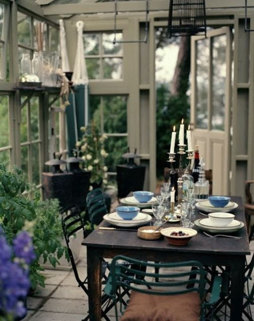 ...love the wonderful mix...so fun!: Dining Rooms, Dining Area, Sun Porches, Old Window, Dining Spaces, Gardens Dining, Backyard Gardens, Sun Rooms, Sunroom