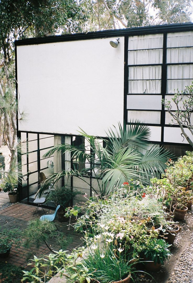 the eames house, pacific palisades.