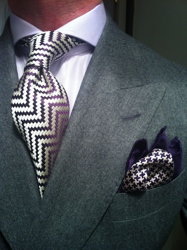 zig zag tie and hounds tooth pocket square