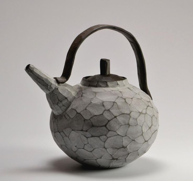 """""""Find yourself a cup of tea, the teapot is behind you. Now tell me about hundreds of things."""" — Saki (The Complete Saki)"""