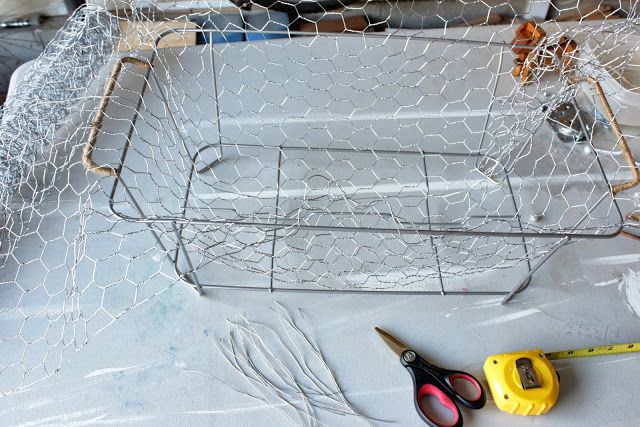 how to make a chicken wire box