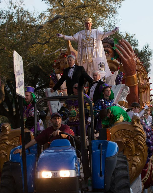 Hugh Laurie Is The King Of Bacchus, Mardi Gras