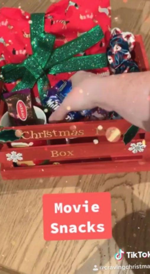 Gift Videos Creative Box Ganci Gantungankunci Bunny Christmas Activities Diy Gift Gif Gifts