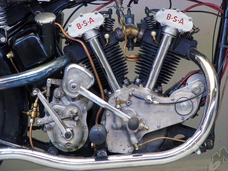 vintage bike of the day: 1934 498cc v-twin bsa j34-11