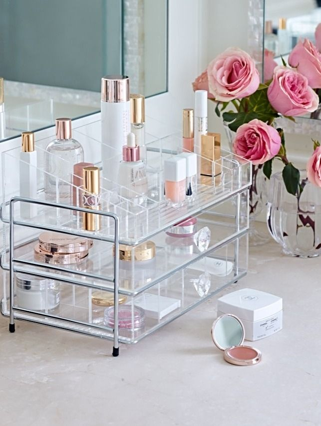 Clear away clutter while you arrange your beauty essentials exactly the way you want them with our Customizable Acrylic Organizer.