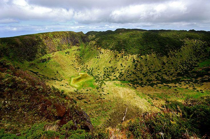 SIARAM :: Zonas Húmidas :: Lagoa Negra, Terceira Island, Azores, Portugal