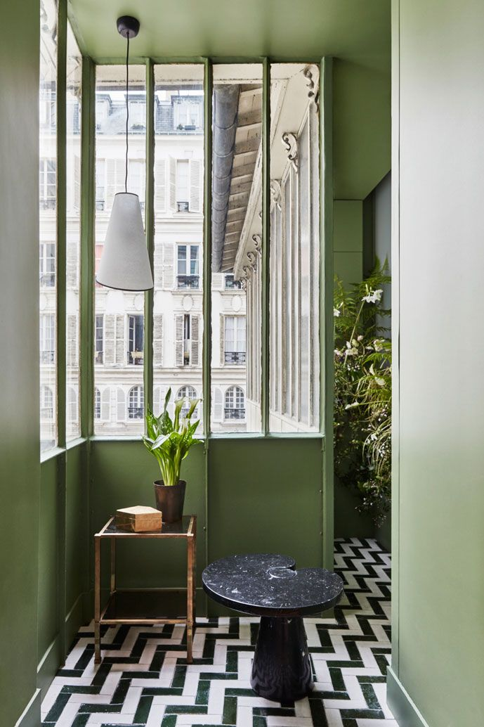 Gorgeous eclectic apartment in 17th century building in ...