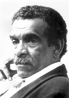 Derek Walcott biography, interview, and other stuff at the Nobel Prize for Literature website.
