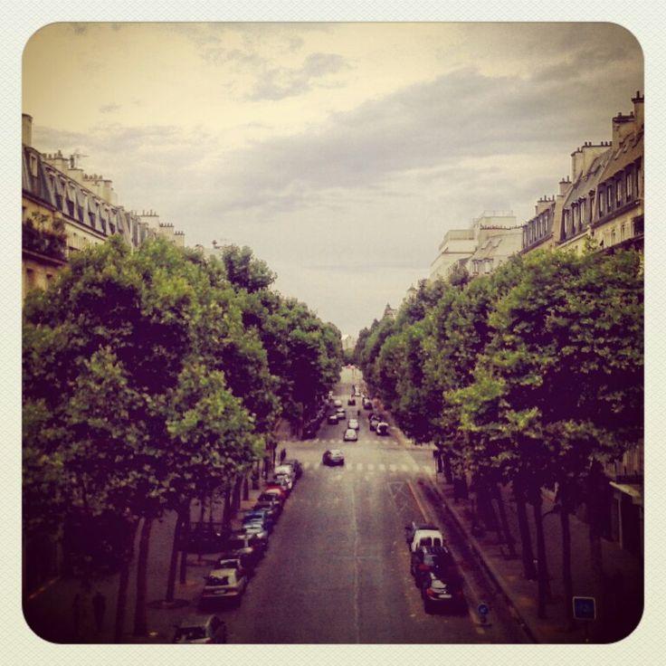 vue de Paris depuis la Coulée verte #View #Paris #CouléeVerte