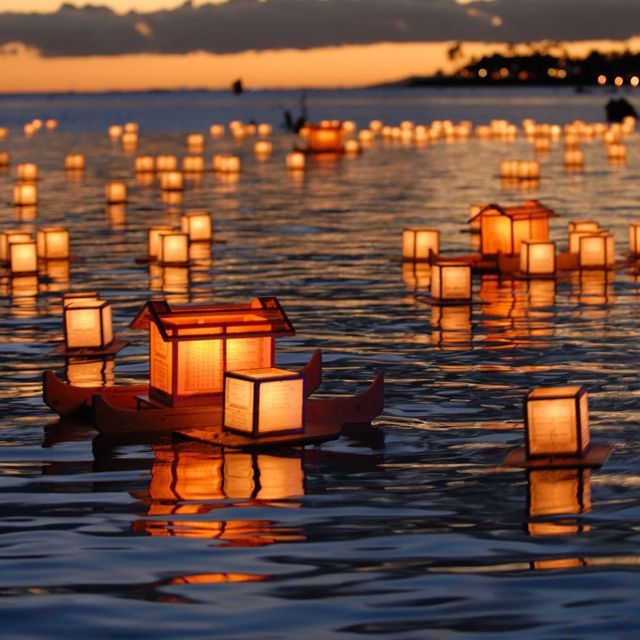 Lantern Floating in Honolulu, Hawaii. Every year on Memorial Day, on Oahu's south shore at the Ala Moana Beach Park honor those who have sacrificed their lives in war, for loved ones who have passed away and to generate hope toward a harmonious and peaceful future.
