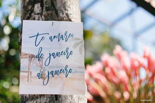 Detalhe da papelaria para casamento na praia. Foto: Duo Borgatto