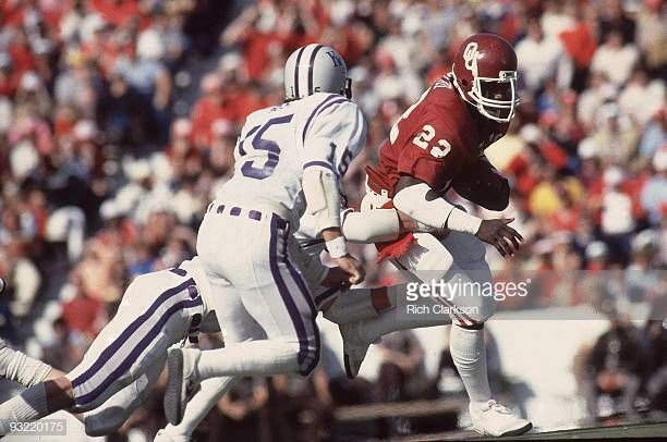 Oklahoma Marcus Dupree In Action Rushing For Touchdown Vs Kansas Marcus Dupree Oklahoma Sooners Football College Football Players