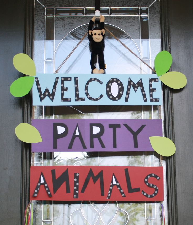 Front door welcome sign - safari party animals