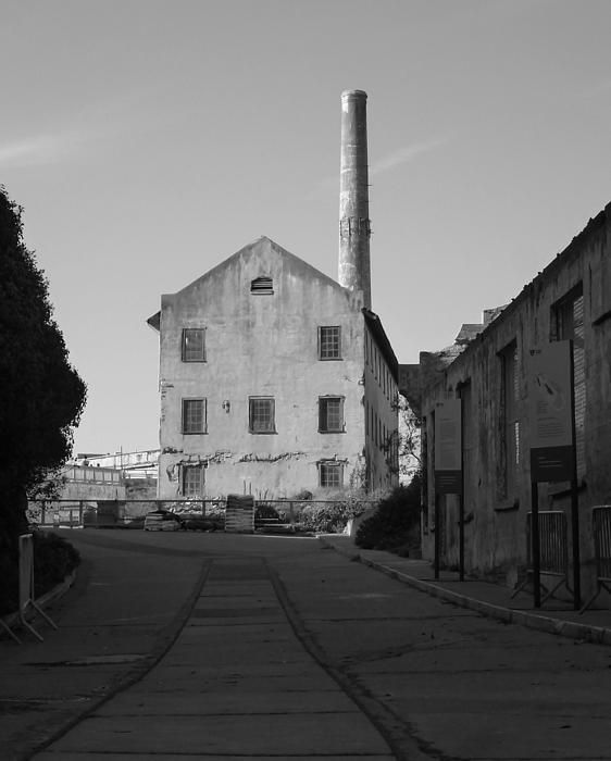 Black and White picture of the foundry on Alcatraz island. Want this picture printed on canvas or cards etc? Click on the image :)