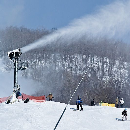 Snow-Making Machine: Ski resorts are relying heavily on snow-making machines from Vermont to Colorado. When will Winter Solstice begin? Find out here!