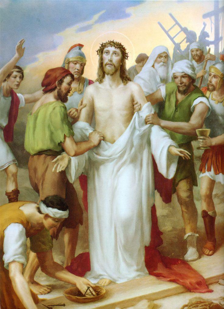 """10 + Camino de oración que busca adentrarnos en la meditación de la Pasión de Nuestro Señor Jesucristo en su camino al Calvario. """"Estaciones"""" del Via Crucis."""