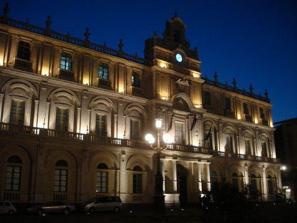 Catania de noche - Sicilia - Italia