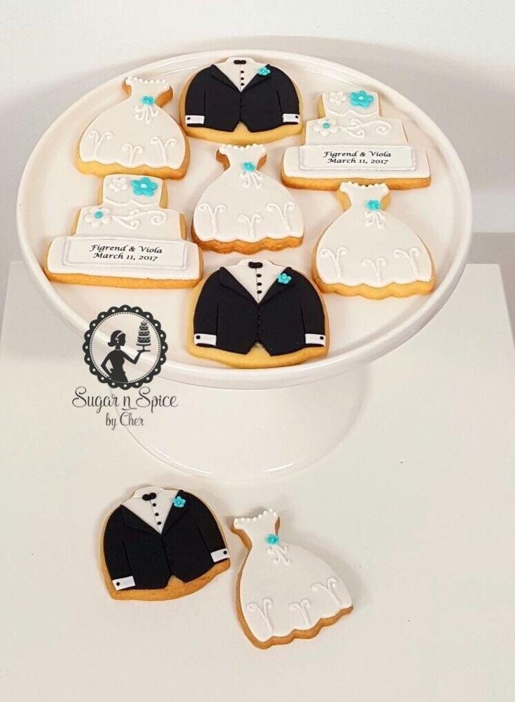 Wedding cookies for a Tiffany themed wedding - groom, bride & wedding cake #sugarnspicebycher