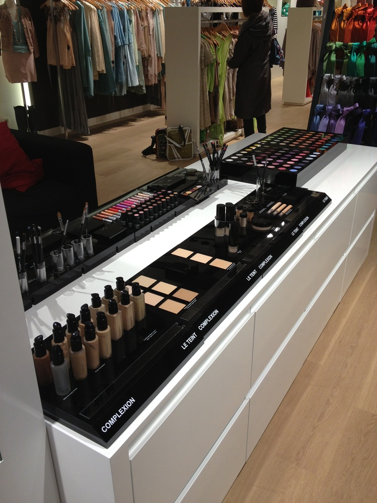 SLA Paris make up products now available in Anne-Sophie SMARTSHOPPING stores (Wavre & Kraainem)