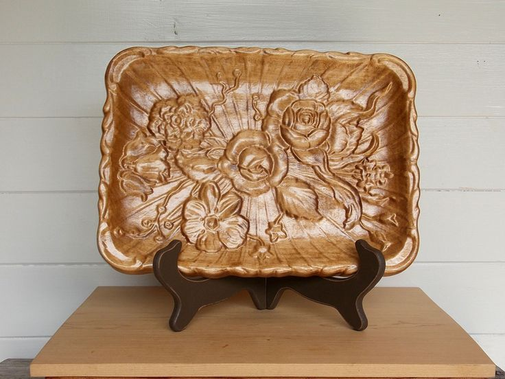 Decorative tray flowers serving tray wood coffee table for Decorative bathroom tray