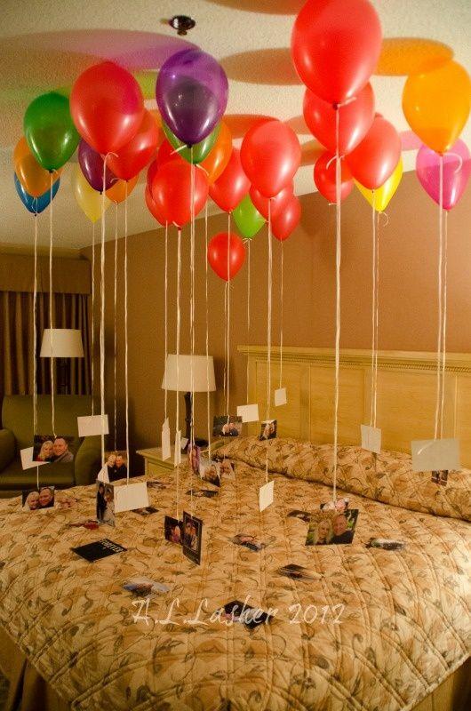 Accrocher des photos à des ballons à l'hélium #Anniversaires #StValentin