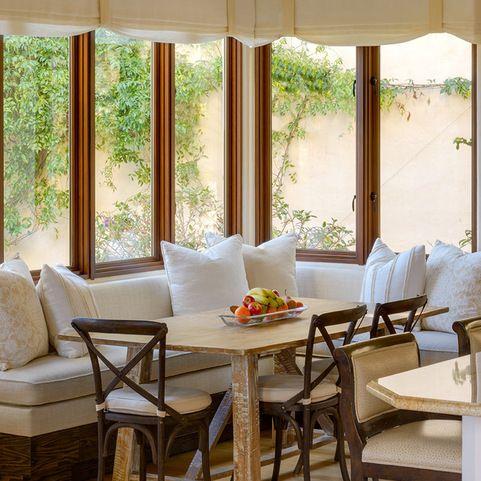 Best 25 sunroom dining ideas on pinterest sun room for Sunroom breakfast nook