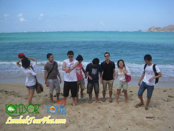 Pemandangan pantai kuta lombok yang menakjubkan