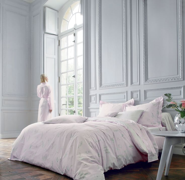 linge de lit lily poudre blanc des vosges lys et roses. Black Bedroom Furniture Sets. Home Design Ideas