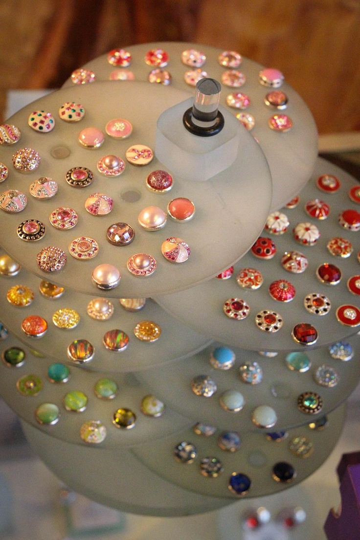 """The various """"Jewel Pops"""" that can be used in the different necklaces, bracelets, earrings, and rings from our Kameleon Line."""