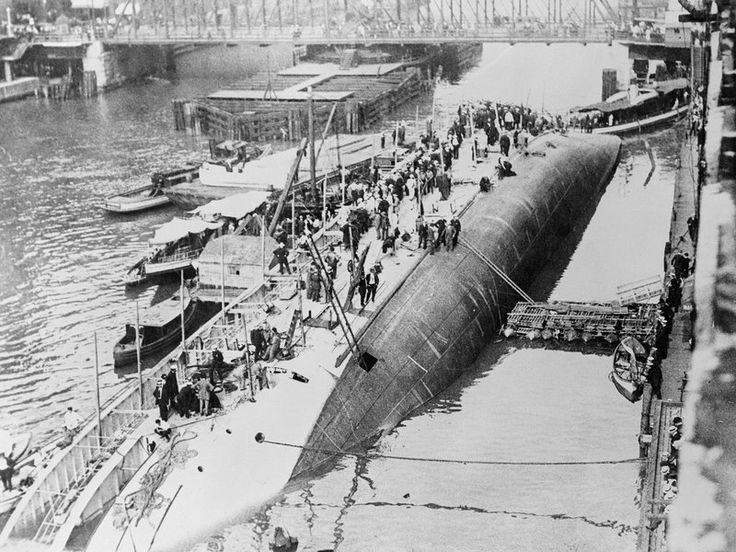 The Eastland Disaster Killed More Passengers Than the Titanic and the Lusitania. Why Has It Been Forgotten? | History | Smithsonian