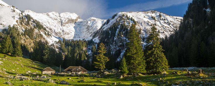 Le Vanil Noir est une montagne de Suisse, située dans le canton de Fribourg. Ce pic suisse a une hauteur
