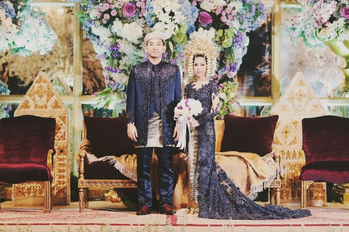 Minang wedding midnight blue kebaya