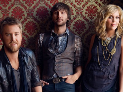 Love these guys!! (Lady Antebellum - run to you, need you now, just a kiss)