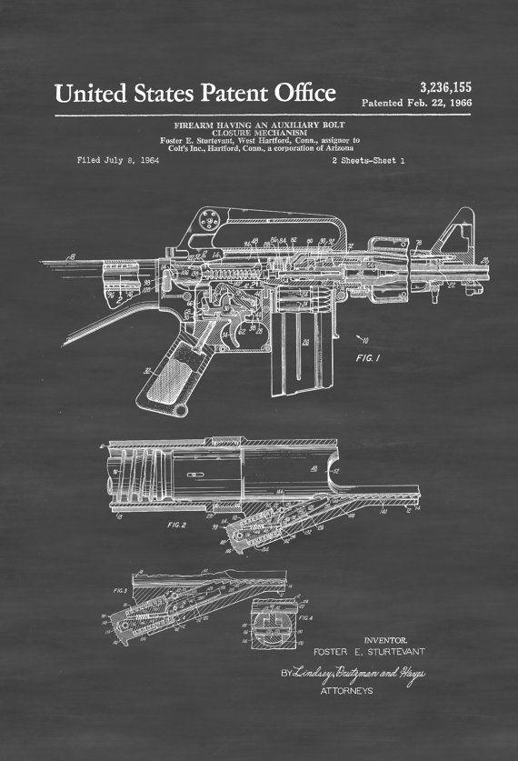 Un cartel de impresión patente de un Rifle automático del potro inventado por Foster E. Sturtevant para Colt. La patente fue emitida por la oficina de patentes de Estados Unidos el 22 de febrero de 1966. Este potro automático Rifle-15 sistema de armas militar o CAR-15 era una familia de la AR-15 y M16 rifle basado en armas de fuego comercializados por Colt a finales de 1960 y 70. Grabados de patentes le permiten tener un pedazo de la historia en su hogar, oficina, hombre de cueva, guarida…